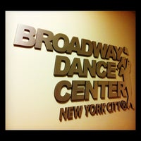 Foto tirada no(a) Broadway Dance Center por Lizzy B. em 5/9/2012