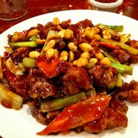 Photo taken at Chef Lee Chinese Restaurant at Lake Anna by David on 4/20/2012