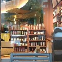 Photo taken at Starbucks by 至韋 洪. on 5/20/2012