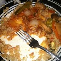 Снимок сделан в Szechwan Chinese Restaurant пользователем Allie S. 4/23/2012