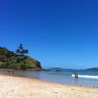 Foto tirada no(a) Praia de Geribá por Ivan K. em 3/7/2012