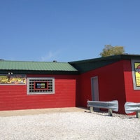 Photo taken at Sporty's Wing Shack & Smoke House by Chad W. on 8/30/2012