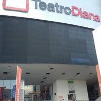 Foto tomada en Teatro Diana por Marco V. el 6/23/2012