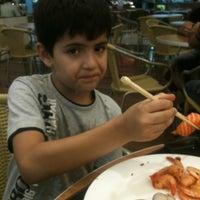 Photo taken at Kiai Sushi by Carlos Eduardo C. on 5/14/2012