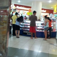 Photo taken at Robinsons Supermarket by Marix M. on 3/18/2012