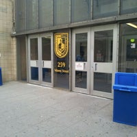 Das Foto wurde bei New York City College of Technology von Ross L. am 4/26/2012 aufgenommen