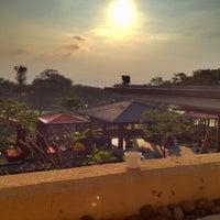 Photo taken at Jack's Golfer Terrace by Bintoro B. on 4/23/2012
