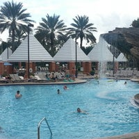 Photo taken at Hilton Grand Vacations at SeaWorld by Psy C. on 8/18/2012