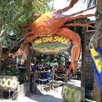 Foto tirada no(a) The Crab Shack por Teri L. em 6/8/2012