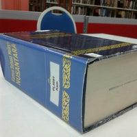 Photo taken at Perpustakaan Peringatan Zaaba by Nazuerah M. on 3/17/2012