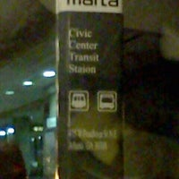 Foto tomada en MARTA - Civic Center Station  por Emily S. el 2/13/2012