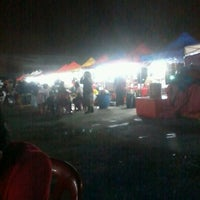 Photo taken at Hot Nite Bazar by mohd h. on 4/14/2012