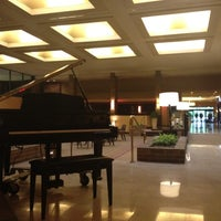 Photo taken at Hilton Parsippany by Theodore H. on 5/8/2012
