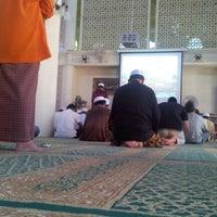 Photo taken at Masjid Al-Muttaqin Wangsa Melawati by Zairul N. on 8/24/2012