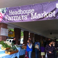 Photo taken at HeadHouse Square Farmers Market by Kyracultivar on 5/6/2012
