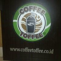 Photo taken at Coffee Toffee Origin by Femmy W. on 7/3/2012