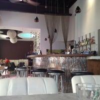 7/8/2012にJaph A.がCafe Barで撮った写真