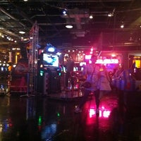 Photo taken at GameWorks by Cassio K. on 3/1/2012