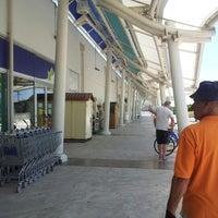 Foto scattata a Centro Commerciale Laguna da Tatiana P. il 6/27/2012