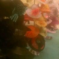 Foto scattata a Von Maur da JEM T. il 4/10/2012