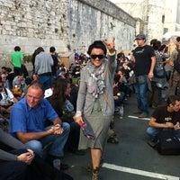 Photo taken at Francofolies - La Coursive by Heleno4ка💝 on 7/16/2012