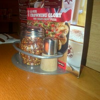 Photo taken at Pizza Hut by Alice S. on 6/27/2012