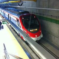 Foto tomada en Cercanías Aeropuerto T4 por Asier P. el 6/12/2012