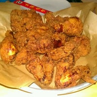 Photo taken at Ma'ono Fried Chicken & Whisky by Gary L. on 3/24/2012