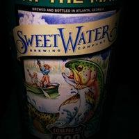 Foto diambil di Georgia Tech Hotel Club Room oleh Elmer T. pada 2/19/2012