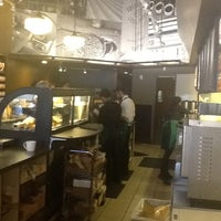 Photo taken at Starbucks by Rafael D. on 5/17/2012