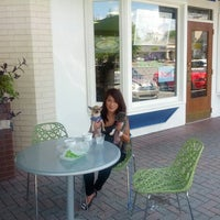 Photo taken at Pinkberry by John H. on 9/2/2012