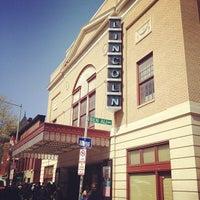 3/27/2012 tarihinde Ryo N.ziyaretçi tarafından The Lincoln Theatre'de çekilen fotoğraf