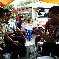 Photo taken at Gerai Cendol & Rojak Titiwangsa by palis 7. on 6/7/2012