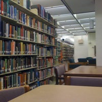Photo prise au Howard-Tilton Memorial Library - Tulane University par Jennifer D. le3/20/2012