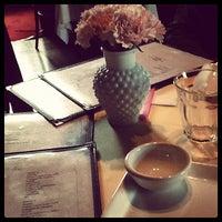 Foto diambil di Little Rose oleh Diego N. pada 5/15/2012
