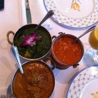 Photo taken at Rangoli India Restaurant by tueypoo on 7/20/2012