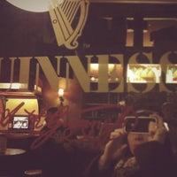 Das Foto wurde bei Shamrock Irish Pub von m_troll am 3/29/2012 aufgenommen