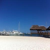 Foto tomada en Playa Maroma por Oscar G. el 5/8/2012