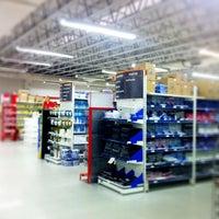 Photo taken at Kalunga by Rodrigo S. on 4/14/2012