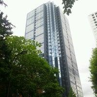 Photo taken at 新宿スクエアタワー by Yoshichika W. on 6/29/2012