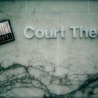 Снимок сделан в Court Theatre at University of Chicago пользователем Dayna 2/4/2012