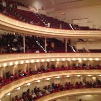 Foto diambil di Carnegie Hall oleh Ray C. pada 3/18/2012