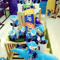 Photo taken at Chonburi F.C. Superstore by หมวยเล็ก S. on 4/28/2012