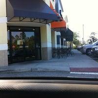 Foto diambil di Dunkin Donuts oleh Glen B. pada 3/28/2012