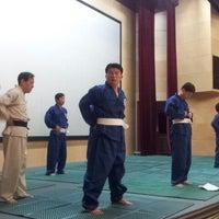 Photo taken at 한국은행 강당 by Daihkim K. on 3/11/2012