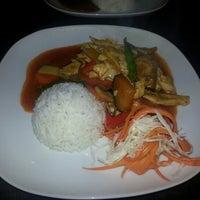 Das Foto wurde bei Moon Thai von Ranjith R. am 9/7/2012 aufgenommen
