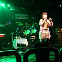 Photo taken at LIVE GATE TOKYO / ライブゲート トウキョウ by Toshi Y. on 2/18/2012