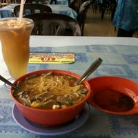 Photo taken at Ramal Junction Food Court by MrYuyul A. on 5/20/2012