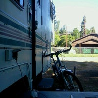 Photo taken at River's Edge Mobile & RV Park by Dean B. on 8/27/2012