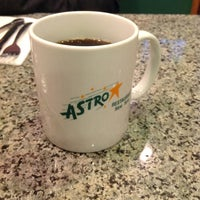 Das Foto wurde bei Astro Restaurant von Alberto J S M. am 4/6/2012 aufgenommen